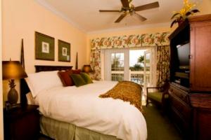Bedroom at Heritage Crossing in Reunion.