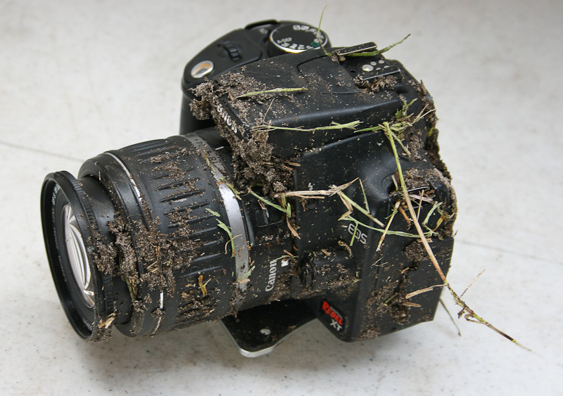 Damaged Canon Rebel XT