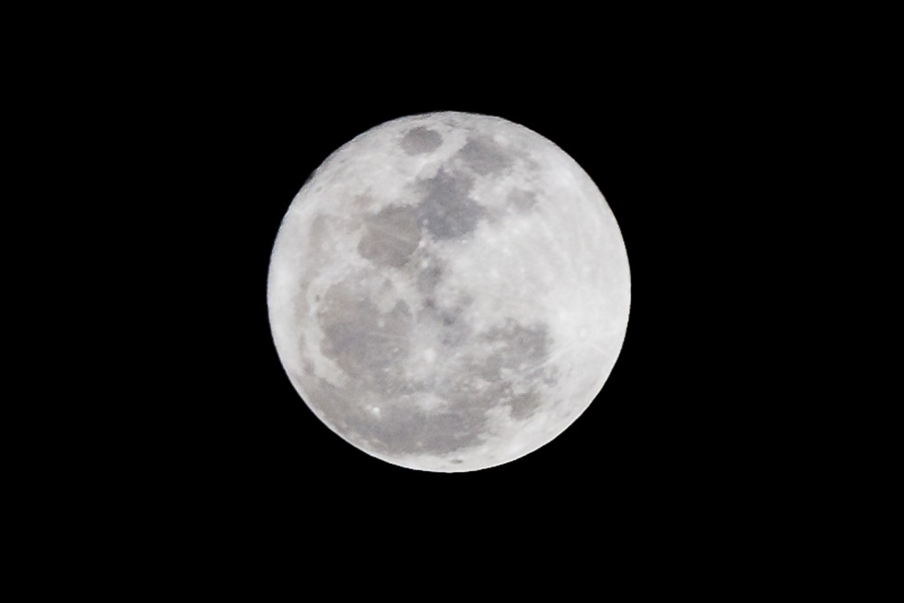 Photograph the Super Moon on Saturday